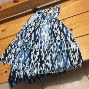 Blue and white spotted girls XS Shirt